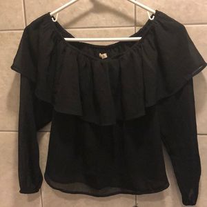 Hollister - off the shoulders long sleeve x-small